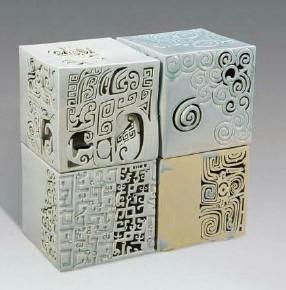 剪纸中线的理念与现代陶瓷作品的结合图片