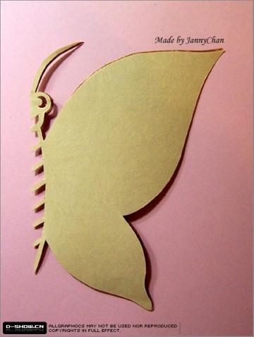 对称剪纸方法剪出精美蝴蝶图案